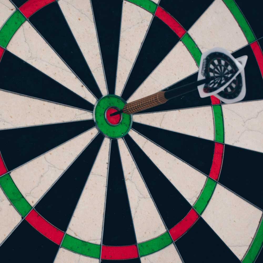 Erfahren Sie, was Sie mit Retargeting Ads erreichen können und welche Tools und Plattformen dafür in Frage kommen.